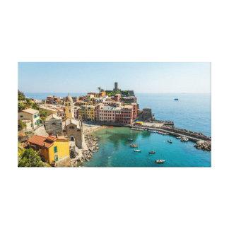 Lienzo Vernazza y su puerto magnífico