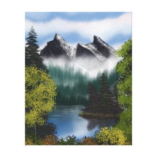 Lienzo Vista de las montañas brumosas