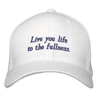 Life_Embroidered vivo Hat_by Elenne Boothe Gorras De Beisbol Bordadas