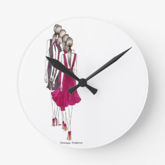 Life is a runway reloj redondo mediano
