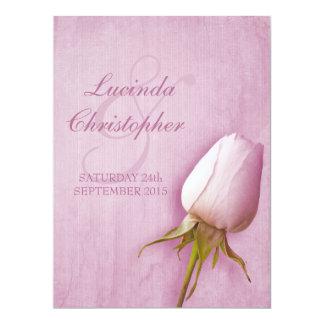Lila color de rosa púrpura del brote que casa la invitación 16,5 x 22,2 cm