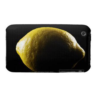 Limón, fruta, fondo negro funda bareyly there para iPhone 3 de Case-Mate