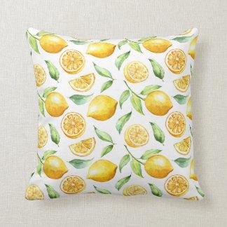 Limones de la acuarela y hojas del verde el | cojín decorativo