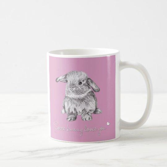 """Lindo """"algún conejito le ama"""" taza del conejo"""