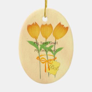 Lindo añada el ornamento amarillo-naranja del