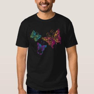 línea cortada mariposas camiseta