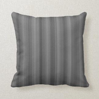 Línea oscura modelo industrial de la raya del gris cojín decorativo