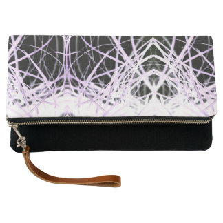 Líneas blancas y púrpuras bolso de embrague