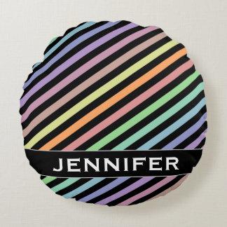 Líneas de color negro y en colores pastel modelo + cojín redondo