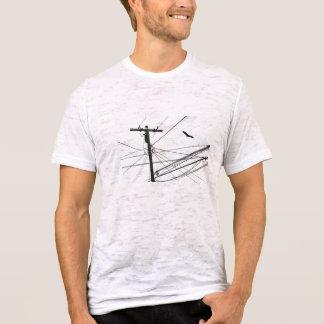 líneas eléctricas y pájaro camiseta