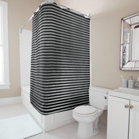 Líneas mínimas de las rayas de los gris plateados cortina de baño