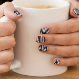 Líneas negras verticales onduladas pegatina para manicura