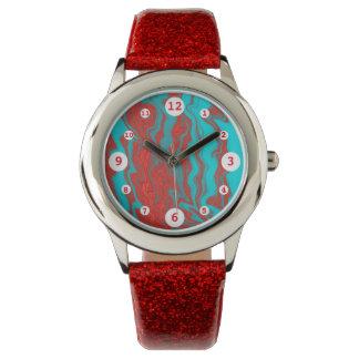 Líneas onduladas de la turquesa roja reloj de mano