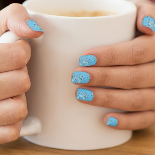 Líneas onduladas modelo azul claro pegatina para uñas