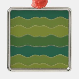 Líneas onduladas ornamento cuadrado verde adorno navideño cuadrado de metal