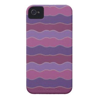 Líneas onduladas púrpuras Case-Mate iPhone 4 fundas