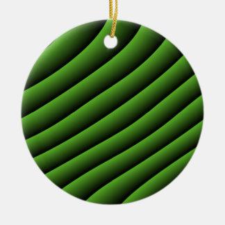 Líneas onduladas verdes hipnóticas ornamento adorno navideño redondo de cerámica