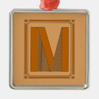 Líneas rectas art déco con el monograma, letra M Adorno Cuadrado Plateado