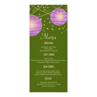 Linternas festivas con verde y lavanda de musgo en invitación 10,1 x 23,5 cm