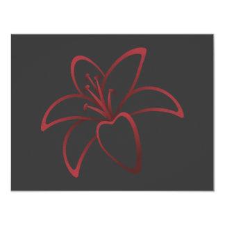 Lirio rojo invitación 10,8 x 13,9 cm