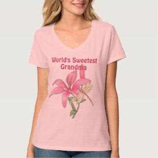 Lirio y libélula para la abuela camiseta