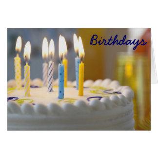Lit de la torta de cumpleaños y tarjeta de