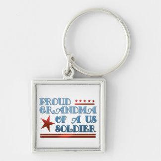Llavero Abuela orgullosa de un soldado de los E.E.U.U.