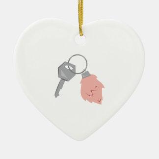 Llavero afortunado adorno navideño de cerámica en forma de corazón