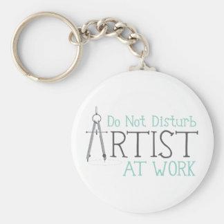 Llavero Artista en el trabajo