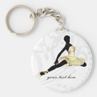 Llavero bailarina elegante vestida en marfil