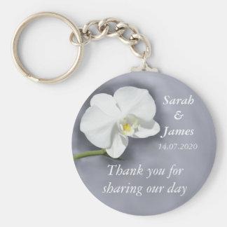 Llavero blanco del favor del boda de la orquídea