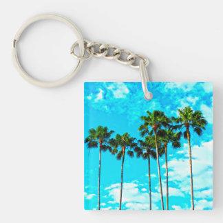 Llavero Cielo azul de las palmeras tropicales frescas