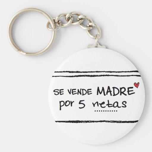 """Llavero de """"se vende madre por 5 netas"""""""