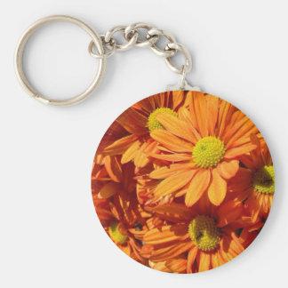 Llavero floral anaranjado