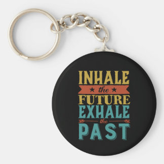 Llavero La cita inspirada inhala futuro exhala más allá