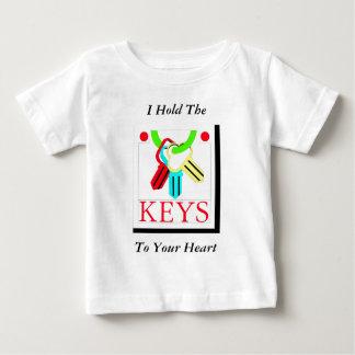 Llaves del bebé camisas