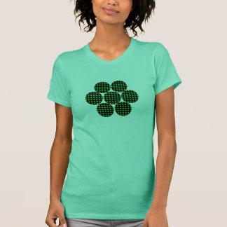 Llevado alrededor de la flor camiseta