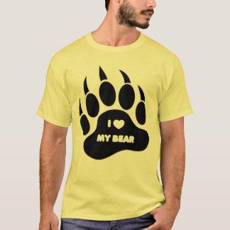 Lleve el corazón de la camisa I mi oso en la pata