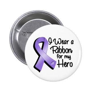 Llevo una cinta violeta para mi héroe chapa redonda 5 cm