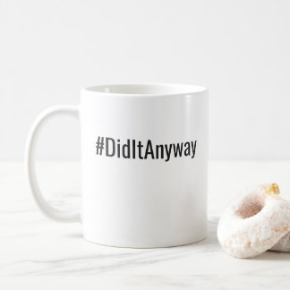 Lo hizo asaltan de todos modos taza de café