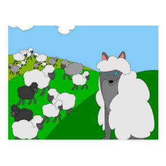 lobo en la ropa de la oveja postal