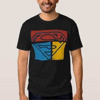 Logotipo amarillo azul rojo del bloque del camisetas