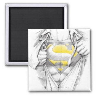 Logotipo bosquejado del superhombre del pecho imán