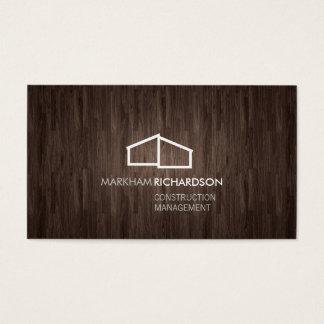 Logotipo casero moderno en la madera para la tarjeta de negocios