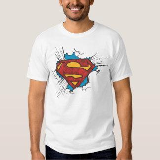 Logotipo del superhombre en nubes camisetas