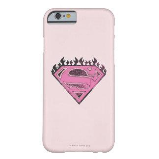 Logotipo rosado de Supergirl con las llamas Funda De iPhone 6 Barely There