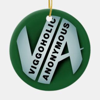 Logotipo verde anónimo de Viggo Adorno Navideño Redondo De Cerámica