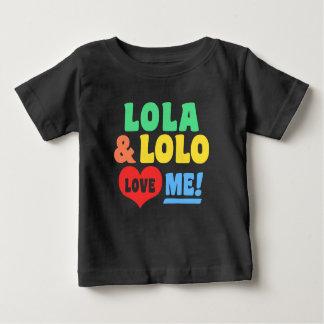 Lola y el lolo me aman camiseta de bebé