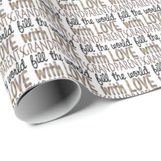 Los abuelos llenan el papel de embalaje del amor papel de regalo