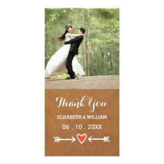 Los amores rosados y el boda blanco de las flechas tarjeta fotografica